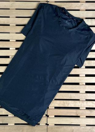 Супер крутая красивая мужская спортивная футболка nike размер м
