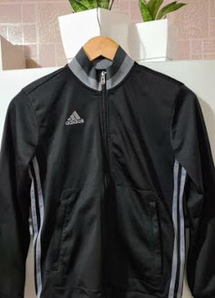 Спортивная куртка adidas, адидас