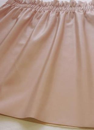 Невероятная юбка мини из экокожи primark