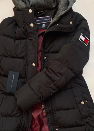 Зимова жіноча куртка томмі хілфігер
