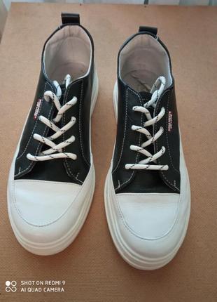 Кожаные модные кроссовки, р. 39
