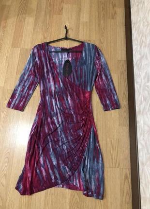 Стильное платье на запах бренда pink label. новое с этикеткой