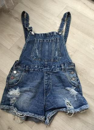 Комбинезон джинсовый, шорты джинсовые