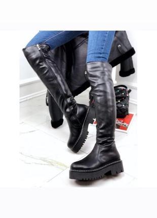 Новые женские зимние чёрные сапоги ботфорты на грубой подошве
