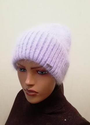 Стильная шапка ангора лаванда 56-58