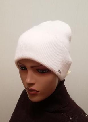 Демисезонная шапка отличного качества 56-58