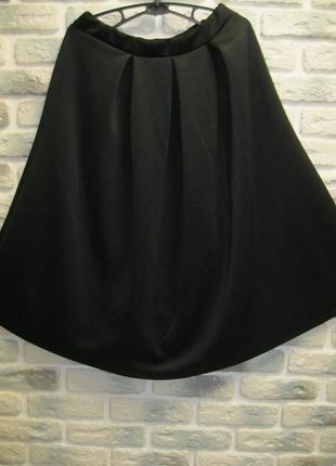 Пышная черная юбка со складками boohoo