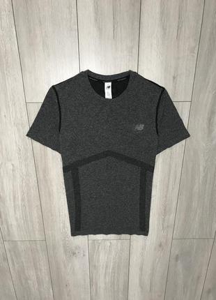 Продам компрессионную термо футболку new balance s-m оригинал рефлектив