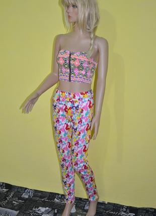 Яркие джегинсы джинсы розовые разноцветные акварельный принт pepperts