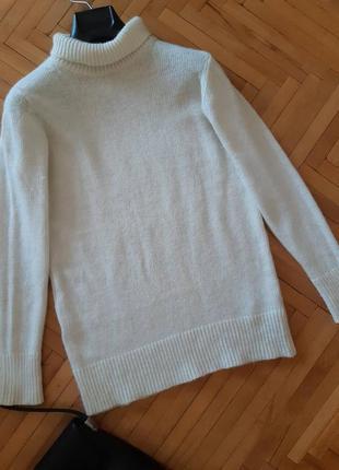Крутий белый светр зара свитер свободный высокое горло джемпер ангора пушистый тренд s