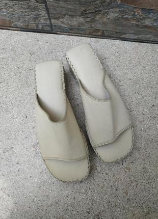 Кожаные мюли шлепки тапки сабо цвет слоновой кости медицинская обувь