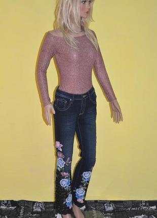 Шикарные джинсы расшитые бисером цветочные джинси розшиті бісером италия