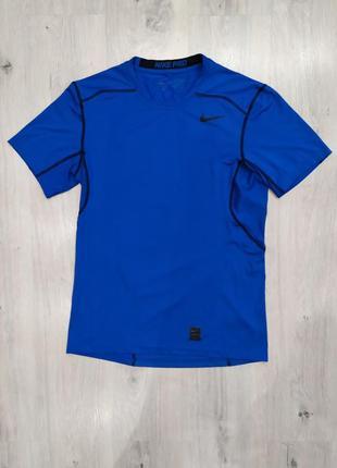 Спортивная компрессионная футболка nike pro combat