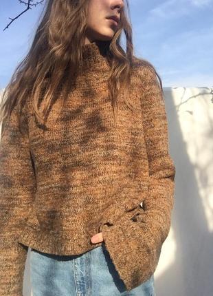 Укороченый свитер с длинными рукавами zara