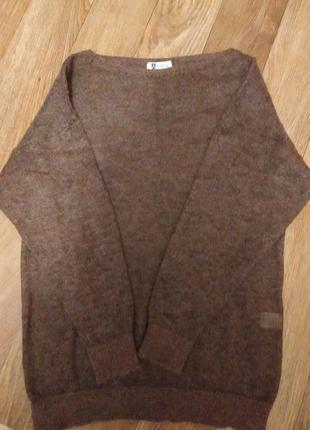 Отличный мохеровый свитер