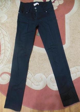 Класические чёрные штанишки