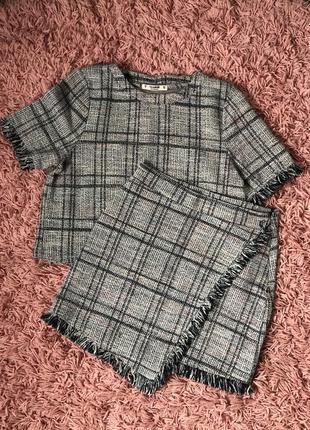 Костюм футболка + юбка