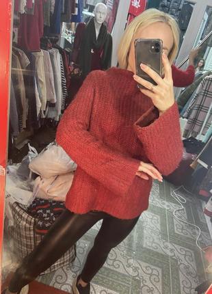 Тёплый свитер с клеишь рукавами от zara