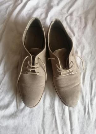 Фірмові туфлі 40й розмір