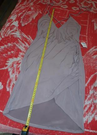 Брендовое платье с открытой спиной