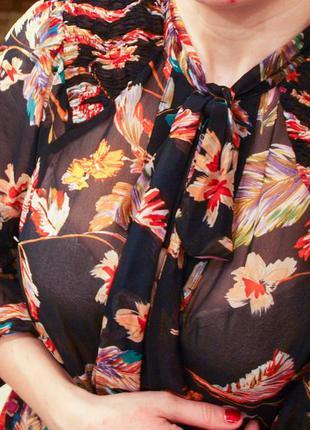 100% шелк. очень красивая блуза.