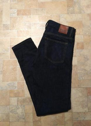 Скини джинсы weekday