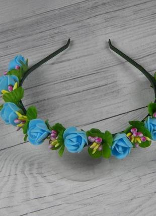 Обруч с голубыми розами