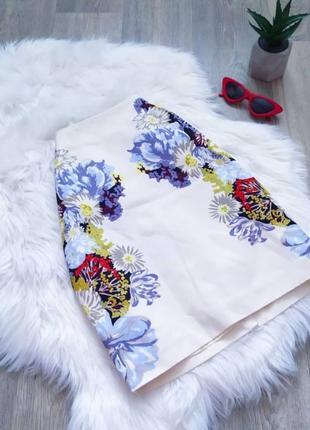 Белая цветастая юбочка 🥰