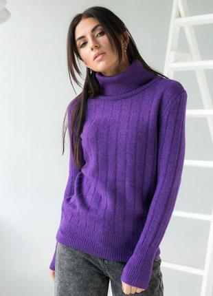 Теплый свитер вязки лапша