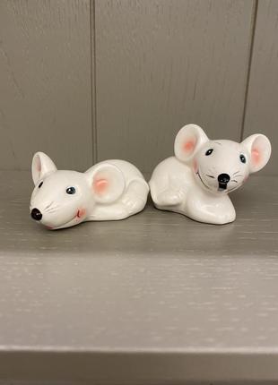 Статуэтка  мышки