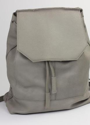 Фирменный кожаный рюкзак