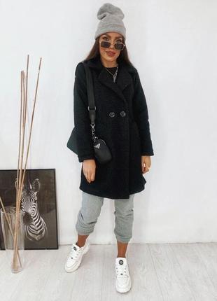 Ефектне красиве зручне пальто букле барашек