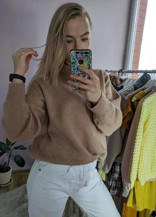 Теплый, стильный свитер