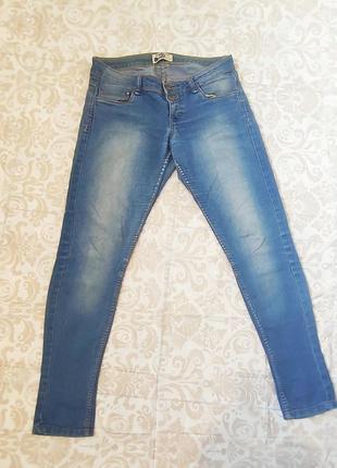 Джинсы женские штаны классические узкие джинси