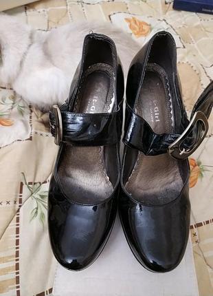 It-girl туфли лаковые р.38, стелька 24,5 см