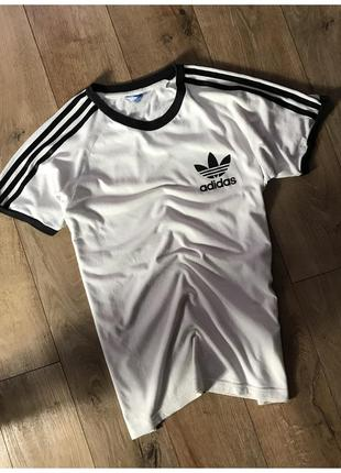 Футболка adidas original оригінал розмір м