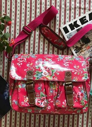 Ярка сумка портфель почтальонка в цветы