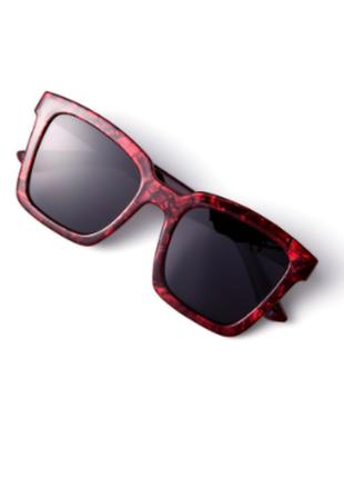 Солнцезащитные очки с цветной оправой oriflame