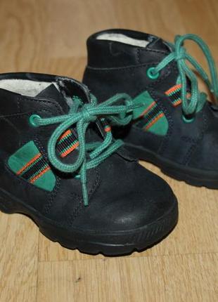Суперские ботинки salamander