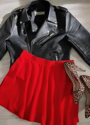 Красная юбка клеш