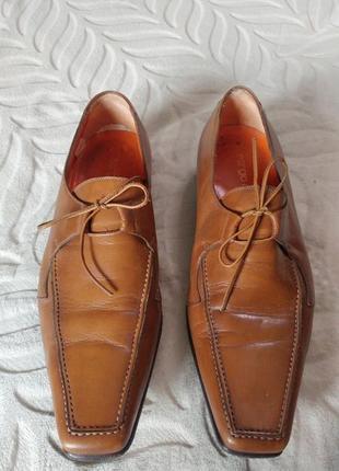 Классные кожаные туфли sergio rossi италия