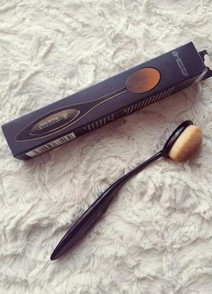 Кисть щетка для макияжа