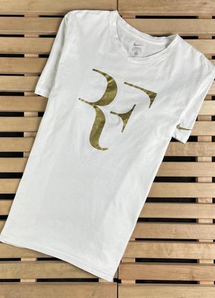Очень крутая красивая мужская футболка nike размер м