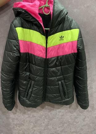 Женская зимняя куртка на флисе
