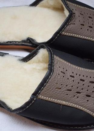 Кожаные тапки утепленные шерсть внутри р.42 р.43 27,5-28 см тапочки комнатные