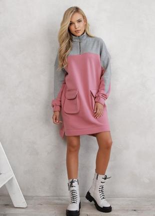 Теплое ассиметричное платье с карманами