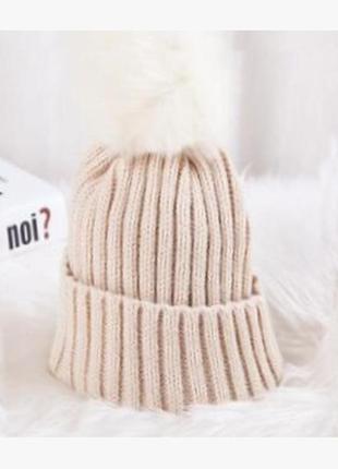 В'язана шапка 13232н