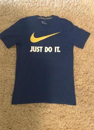 Чоловіча футболка nike just do it