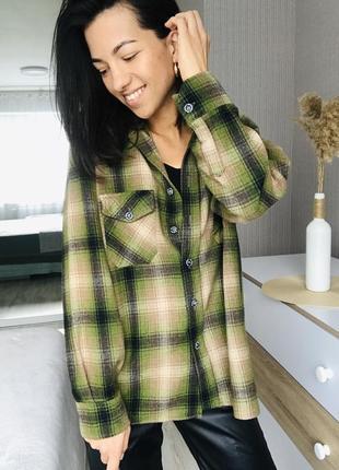 Очень тёплая шерстяная рубашка от итальянского бренда mc kees.