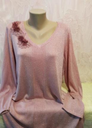 Нарядный свитерок с люриксом большого размера